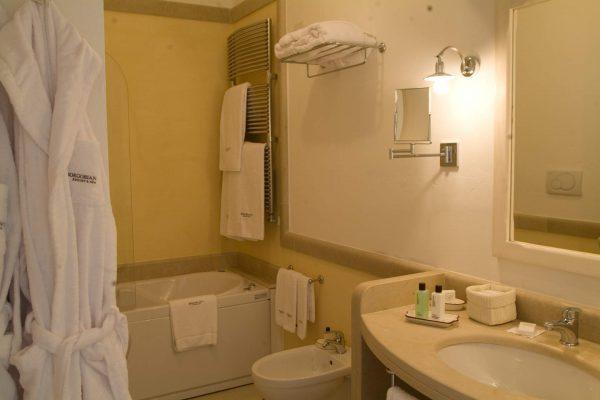 borgo-bianco-luxury-puglia-tipica-tour-dmc-000
