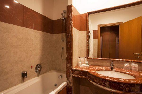 chiusa-di-chietri-luxury-hotel-puglia-tipica-tour-dmc-000