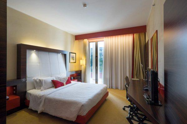 hilton-garden-inn-luxury-hotel-puglia-tipica-tour-dmc-001