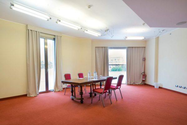 hilton-garden-inn-luxury-hotel-puglia-tipica-tour-dmc-004
