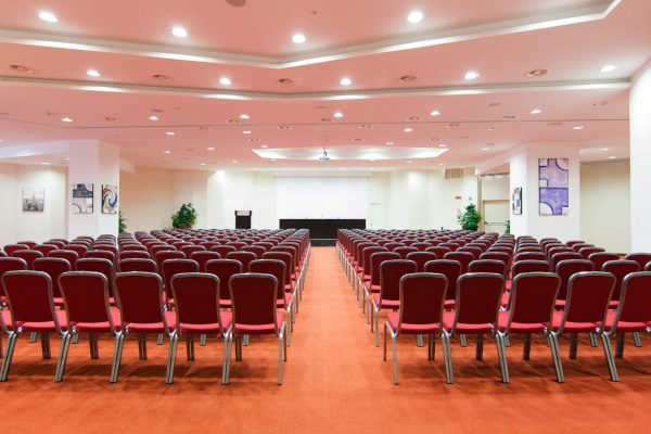 hilton-garden-inn-luxury-hotel-puglia-tipica-tour-dmc-013