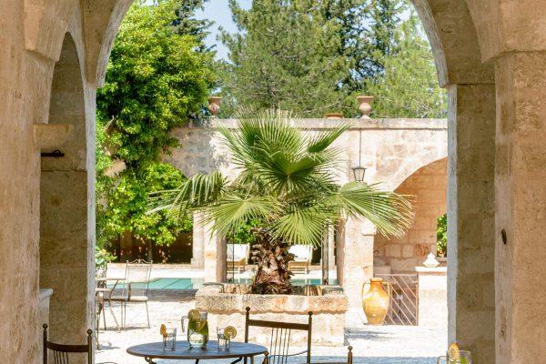 masseria-marzalossa-luxury-hotel-puglia-tipica-tour-dmc-004