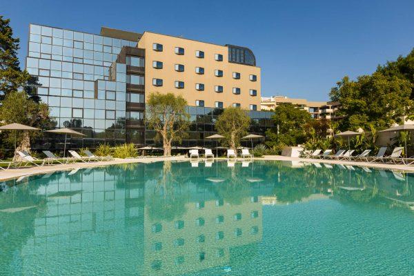 villa-romanazzi-carducci-luxury-hotel-puglia-tipica-tour-dmc-000